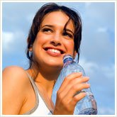 351_girl_with_water_165